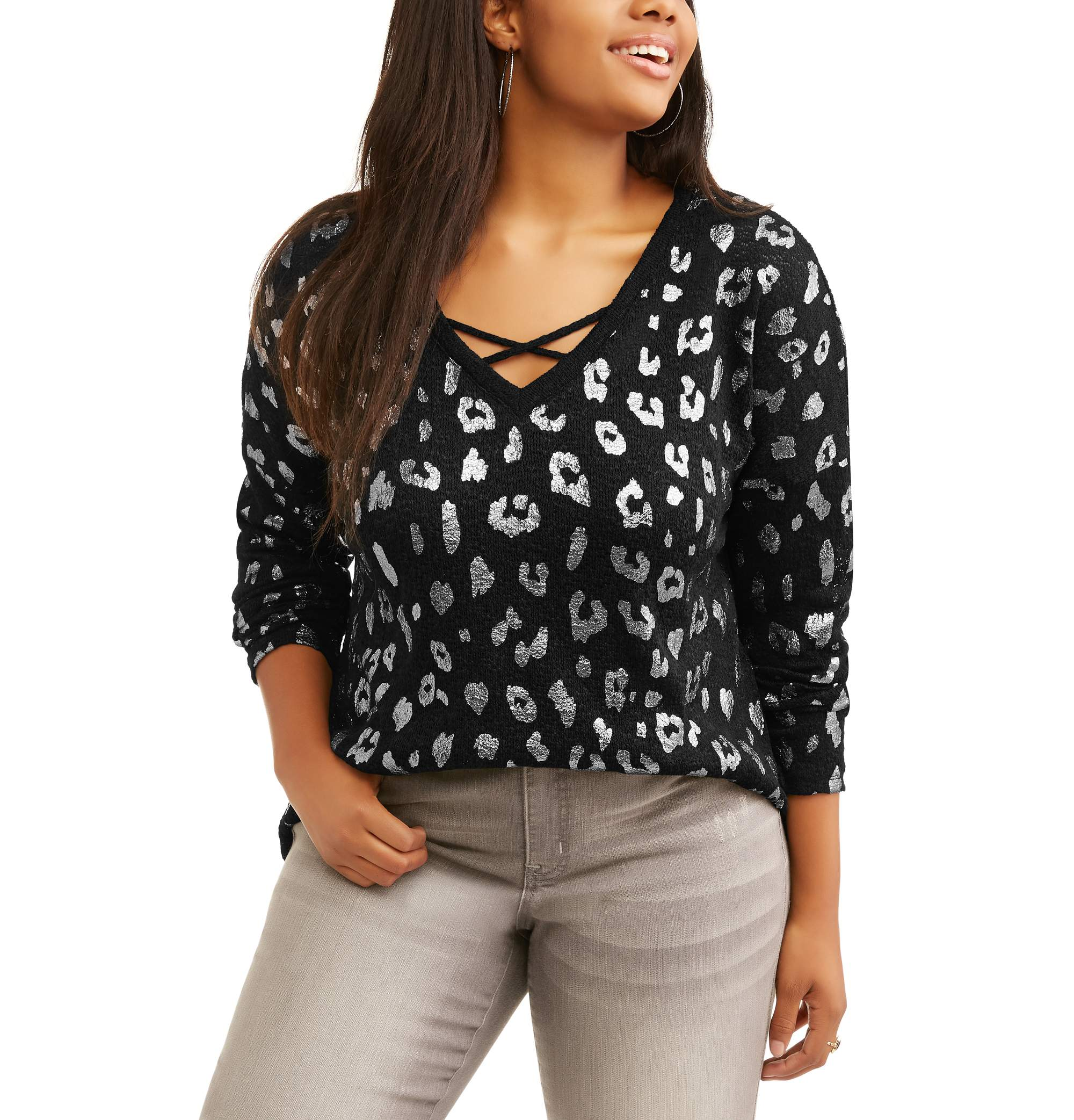Juniors' Plus Graphic Print Caged V-Neck Pullover With Foil