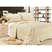 Brooke Quilt Set by United Curtain