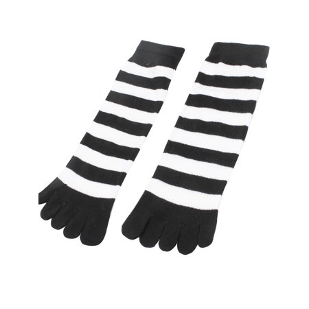Unique Bargains Women Pair Winter Five Fingers Stretchy Feet Toe Socks Black White