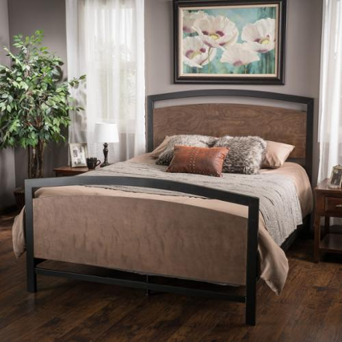 Clanton Queen Bed Set