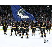 Vancouver Canucks Unsigned 2019-20 Team Celebration Photo