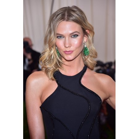 Karlie Kloss At Arrivals For China Through The Looking Glass Opening Night Met Gala - Part 5 Photo (Karlie Kloss Glasses)