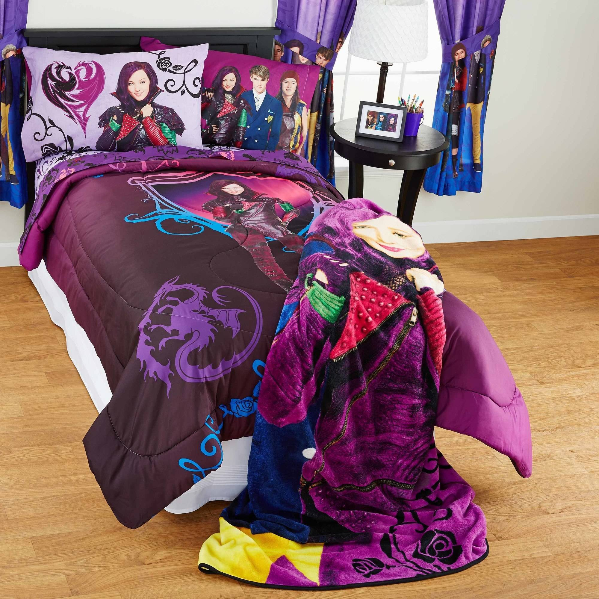 Buy Descendants 28 Inch Doll Mal Exclusive Only 39 88