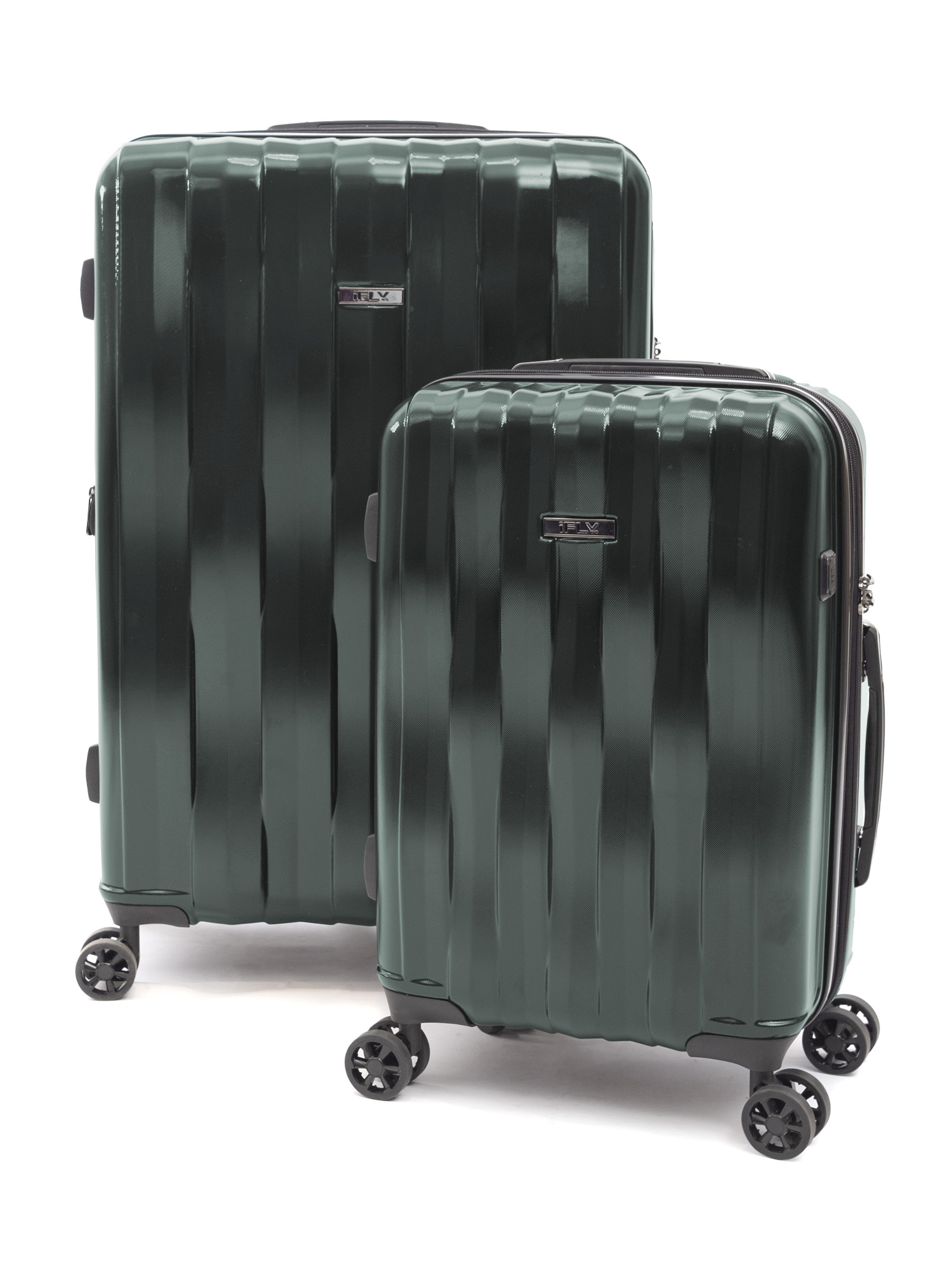 iFLY Hard Sided Luggage Synergy 2 piece set, Green