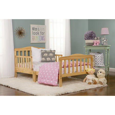 Dream On Me Classic Design Toddler Bed Natural
