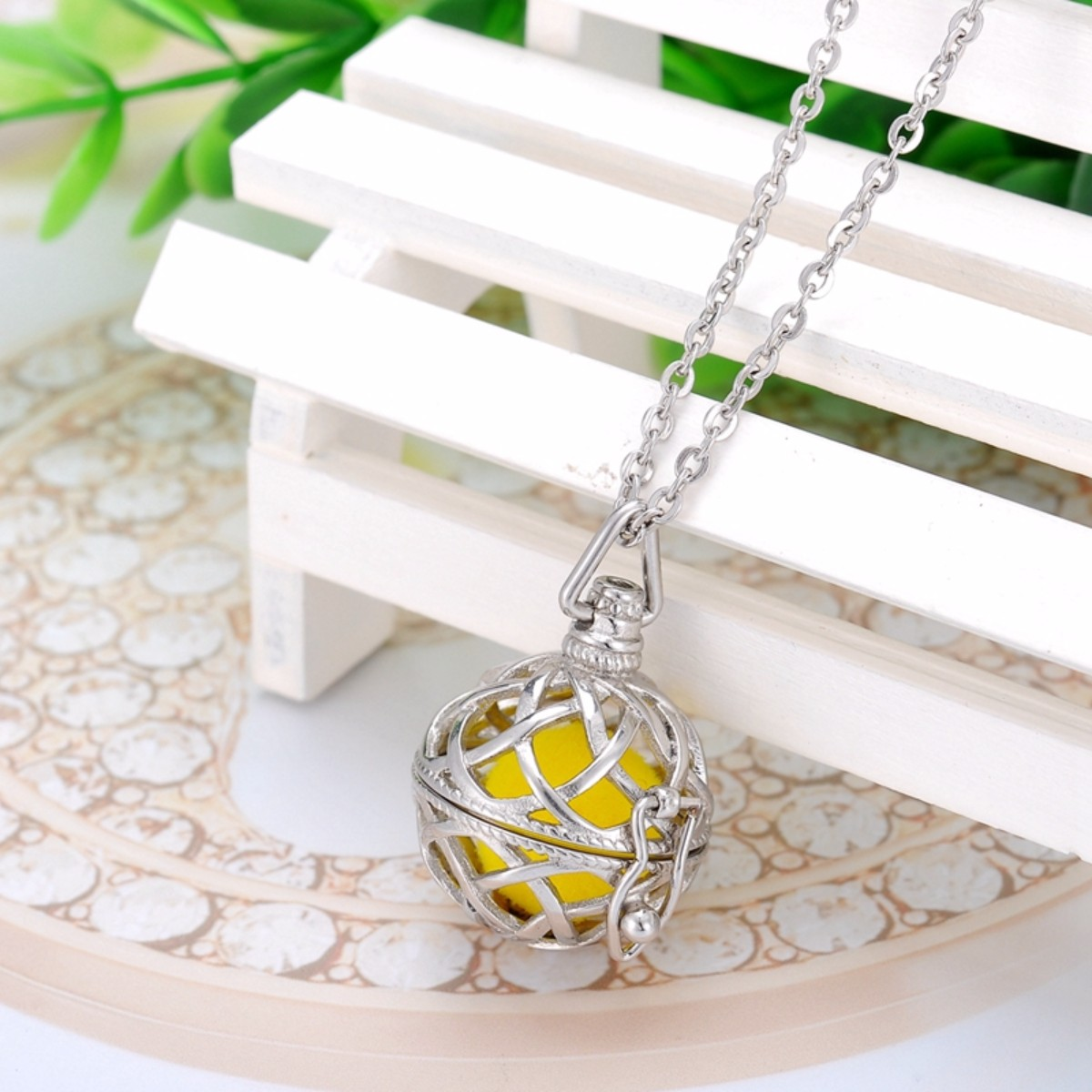 Spherical Celtic Knot Essential Oil Diffuser Aromatic Perfume Jewelry Necklace