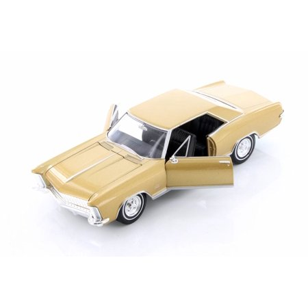1965 Buick Riviera Grand Sport Hardtop, Gold - Welly 24072WG - 1/24 scale Diecast Model Toy (1964 Buick Riviera)