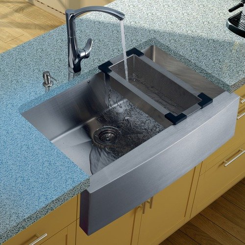 Vigo Stainless Steel Farmhouse Kitchen Sink and Faucet Set