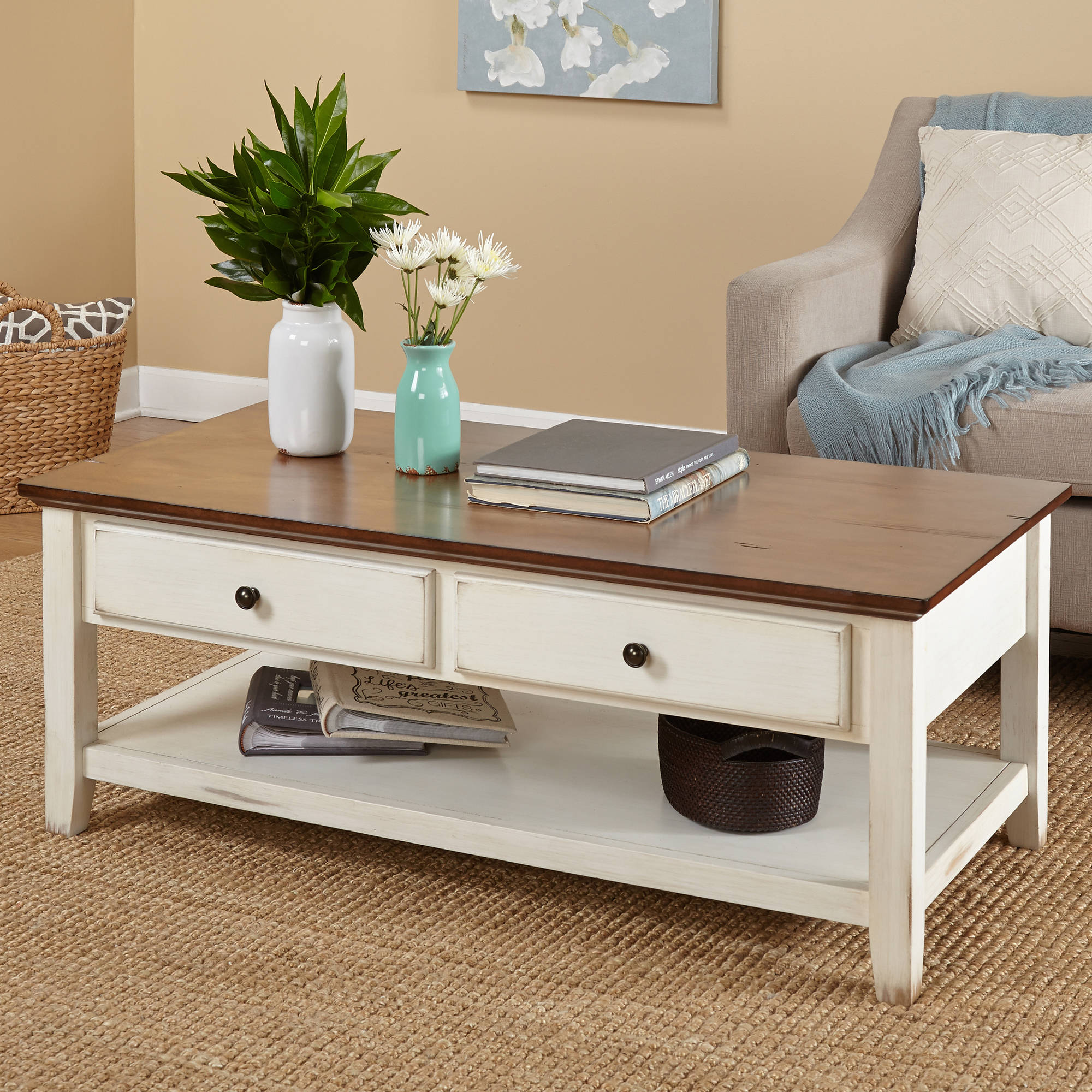 Attirant Charleston Coffee Table