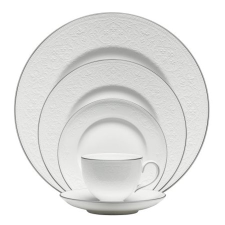 Wedgwood English Lace 5-Piece Place Setting