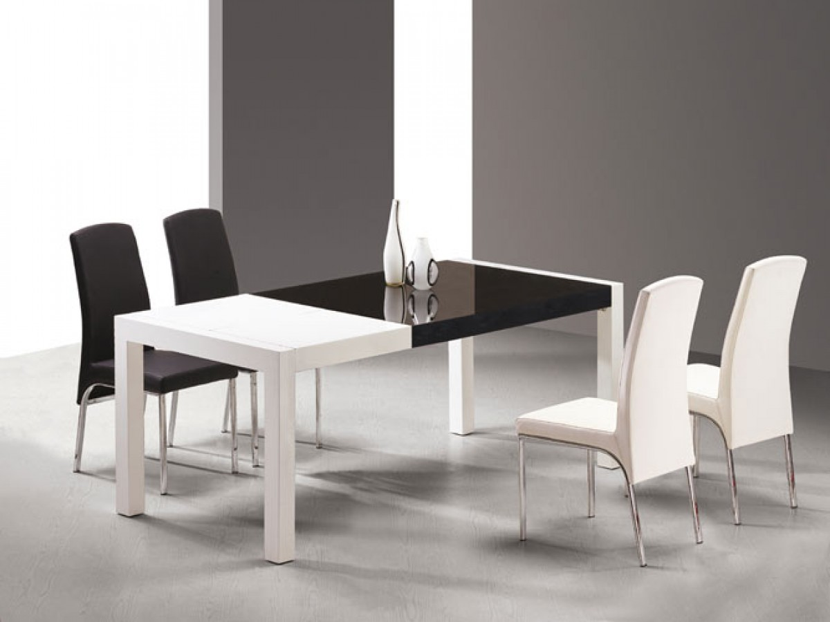 1PerfectChoice Rectangular White Black Lacquer Dining Table Set With 8 Black  Chairs