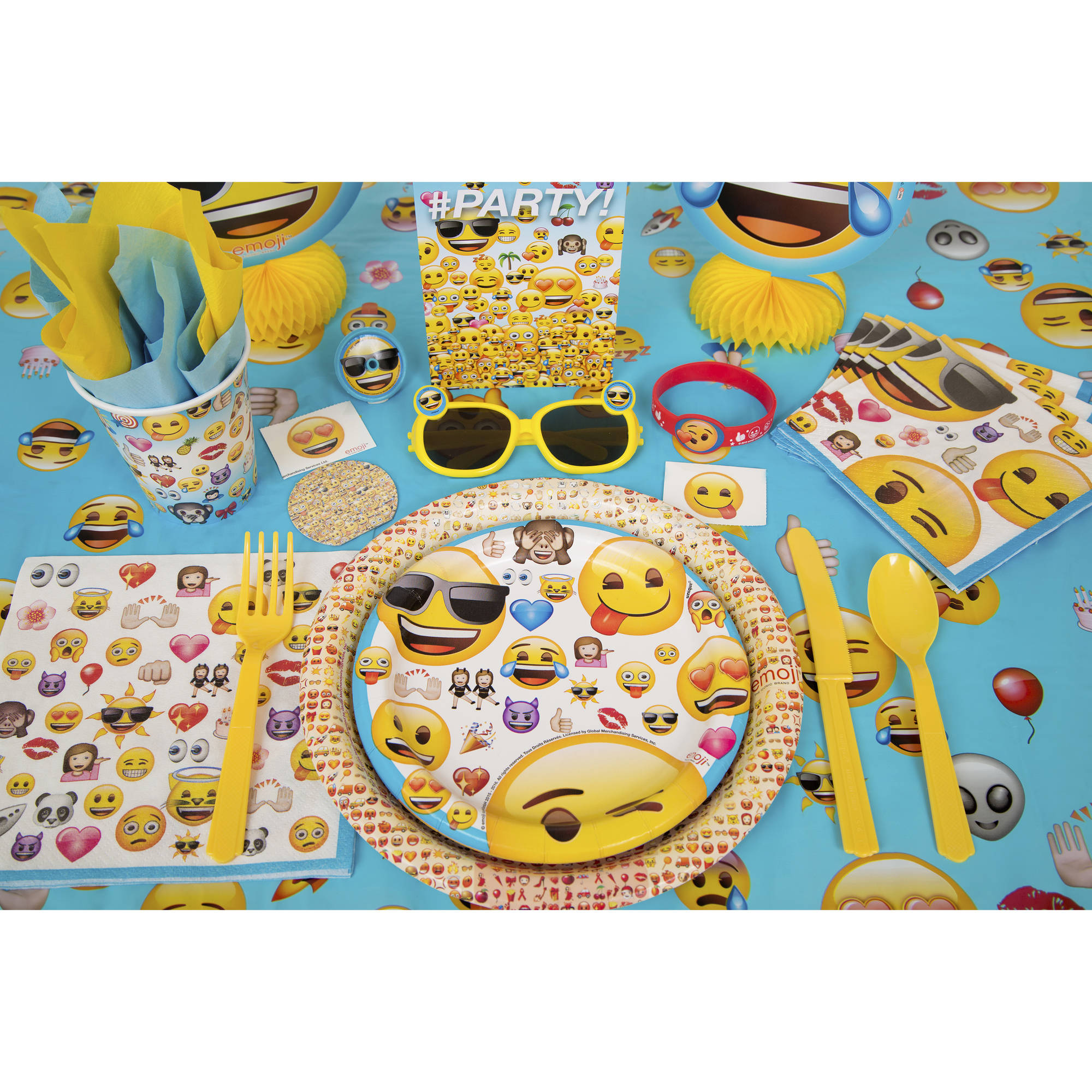 9 Emoji Party Plates 8ct