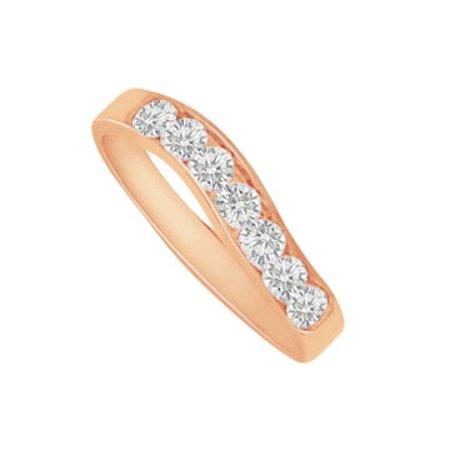 Precious Diamond Pyramid Wedding Band in 14K Rose Gold - image 1 de 2