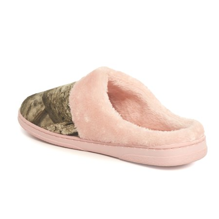 Womens Slip On House Slippers – Camouflage and Pink