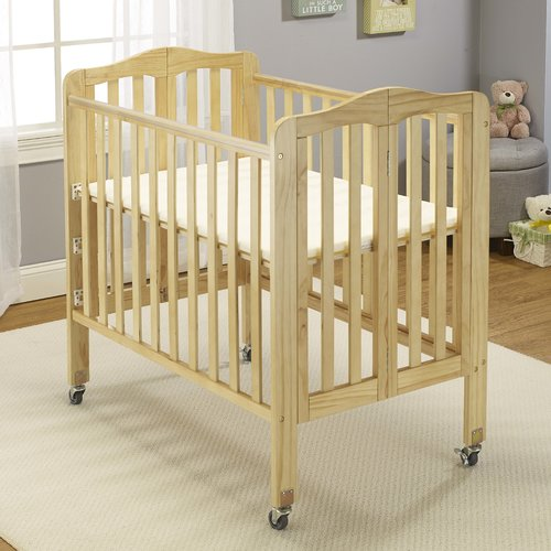 Angela Mini Portable Crib Natural