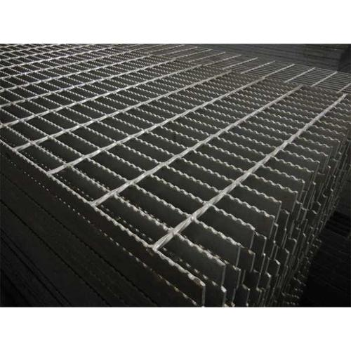 DIRECT METALS 20125R100-B3 Bar Grating,Serrated,24In. W,1In. H G6665687