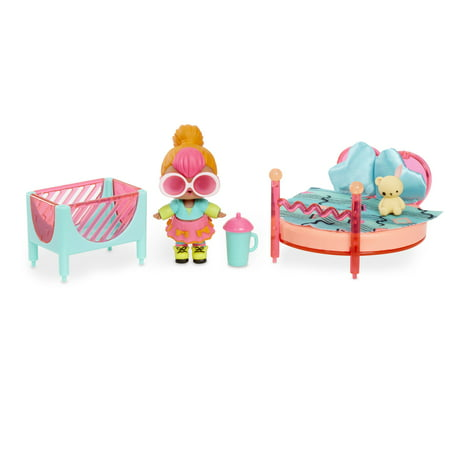 L.O.L. Surprise Furniture Bedroom Playset with Neon Q.T Doll.& 10+ Surprises