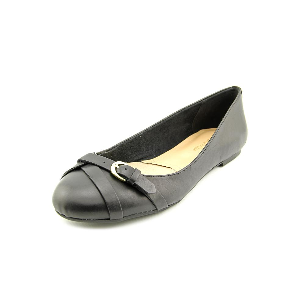 Bella Vita Tyra Women N S Round Toe Leather Black Flats by Bella Vita
