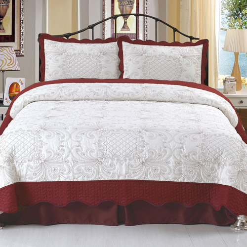 Somerset Home Embroidered Quilt Bedding Set Juliette by TRADEMARK GAMES INC