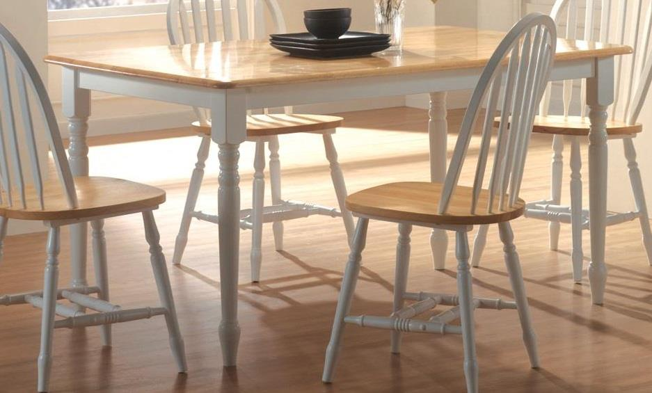 Damen Butcher Block Farm Table With Turned Legs Finish:Natural And White