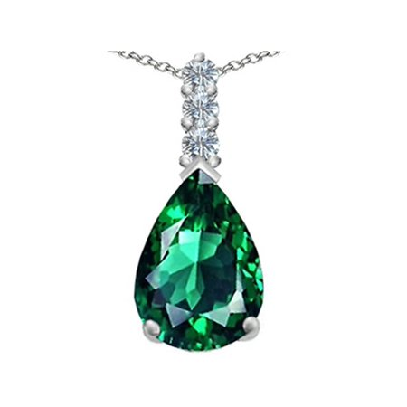 14x10mm Emerald (Star K Large 14x10mm Pear Shape Simulated Emerald Pendant Necklace in Sterling Silver)