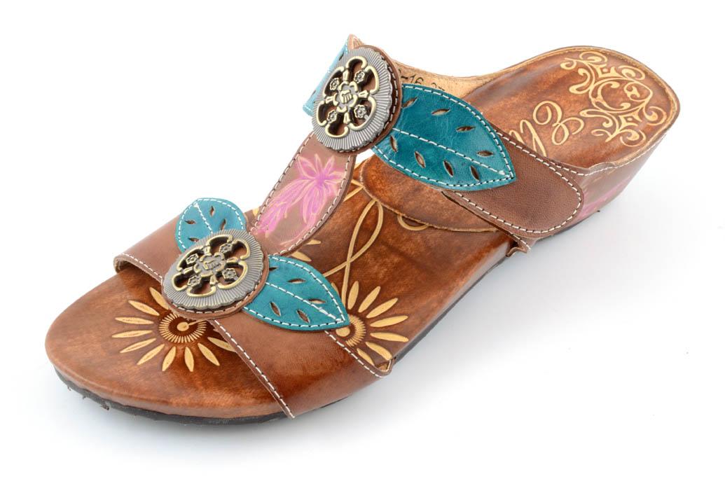 Corkys Elite Women's Belle Wedge Sandal Amber Size 6 by
