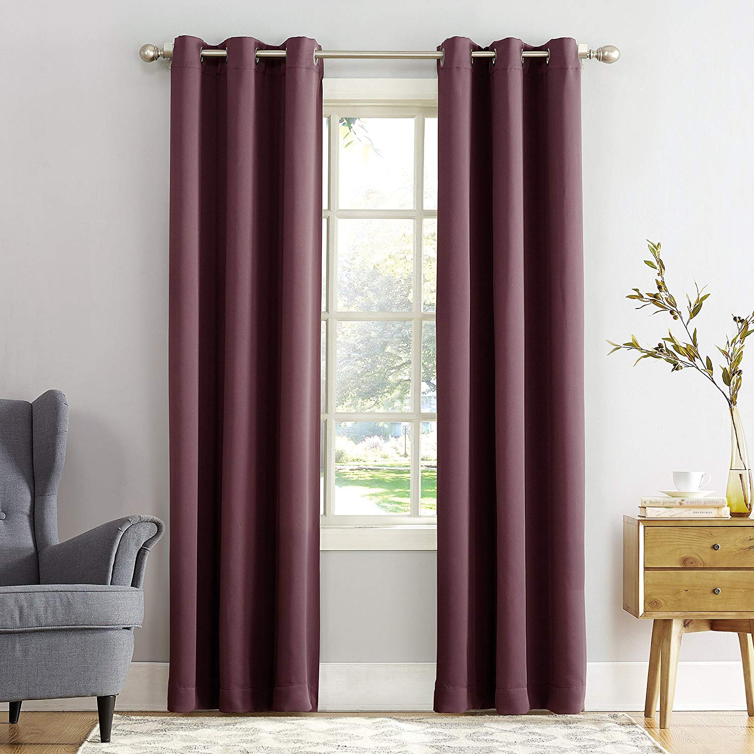 Sun Zero Easton Blackout Energy Efficient Grommet Curtain