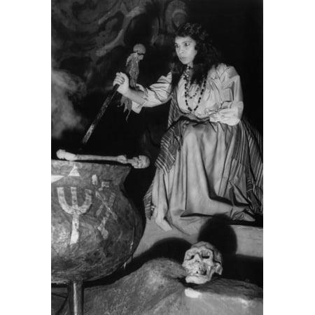 Marian Anderson In Dress Rehearsal For The Metropolitan Opera CompanyS Production Of Un Ballo En Maschere