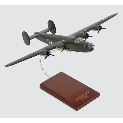 Daron Worldwide Consolidated B-24J Liberator Model Airplane Olive by Toys and Models Corporation