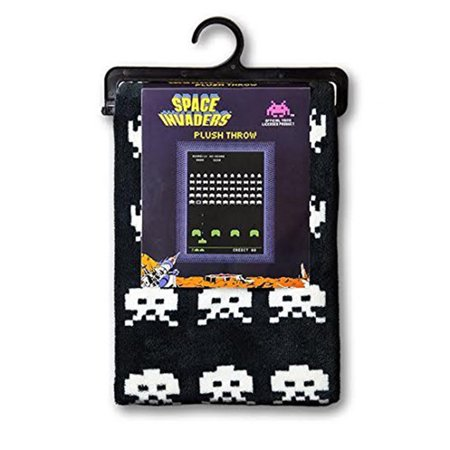 Space Invaders Plush Throw Blanket (Space Jam Throw)