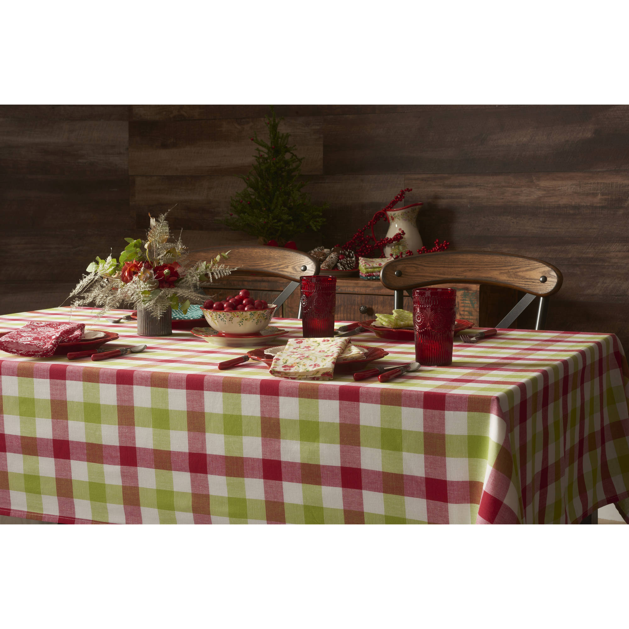 "The Pioneer Woman Holiday Charming Check Tablecloth, 60"" x 120"""