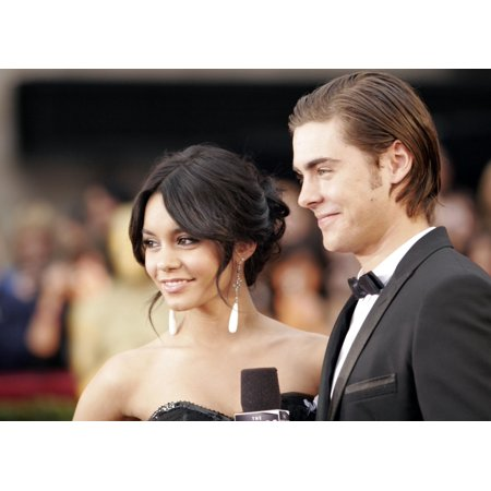 Vanessa Hudgens And Zac Efron Arrive At The 81St Annual Academy Awards At The Kodak Theater In Hollywood Ca On February 22 2009 Photo By Adam Orchon  Everett Collection Celebrity - Vanessa Hudgen Halloween
