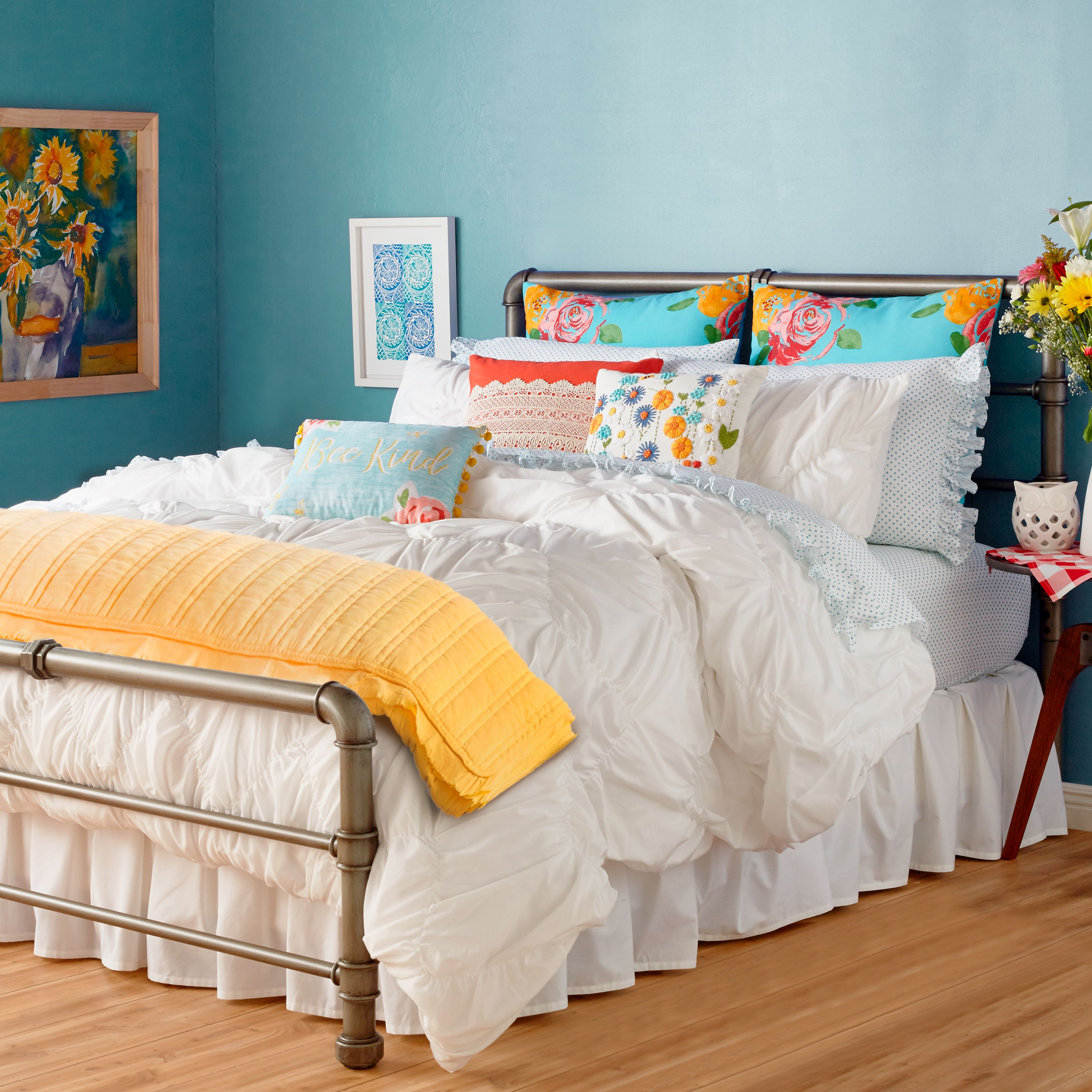 The Pioneer Woman Ruched Chevron Duvet Cover, White