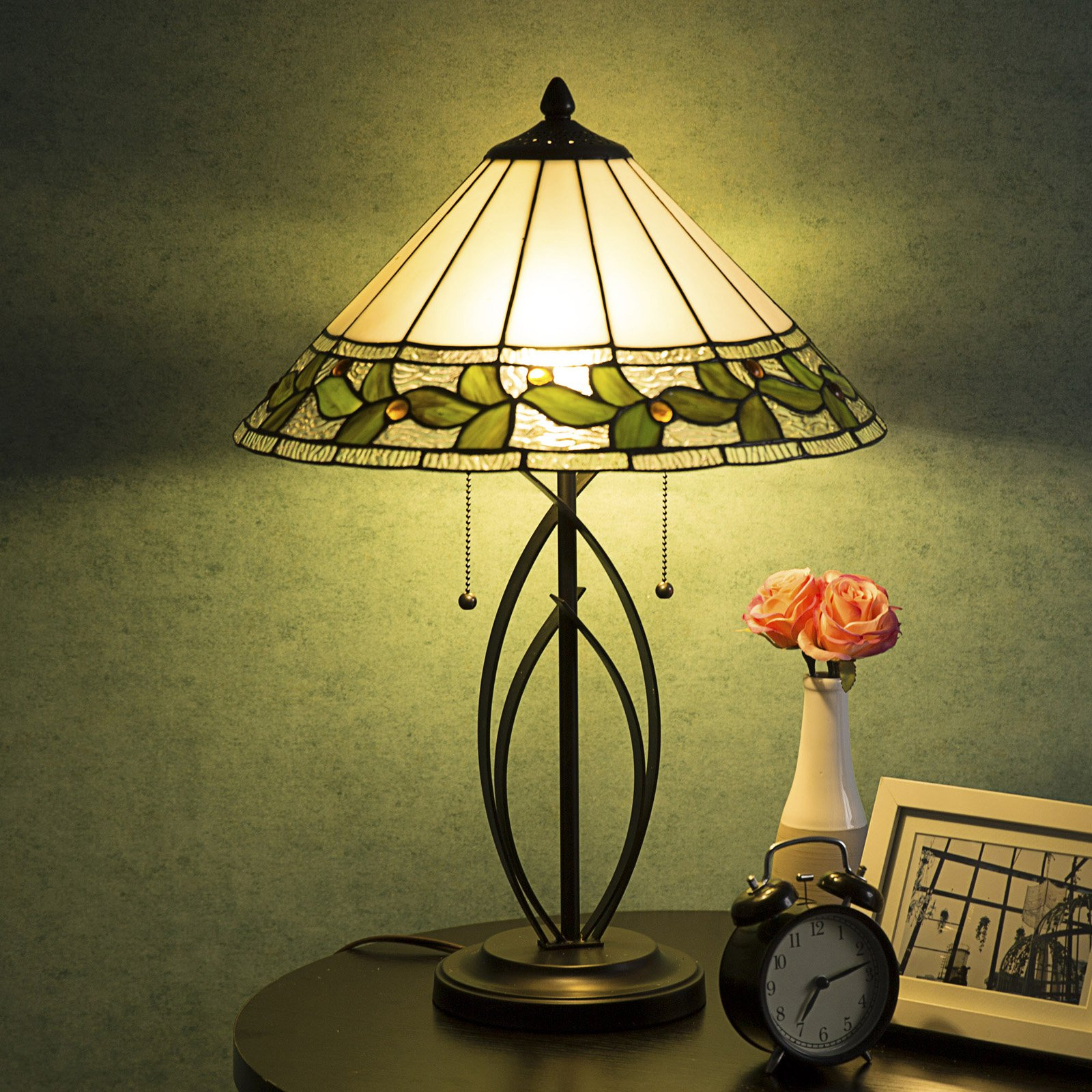 Cloud Mountain Victorian Leaf Table Lamp