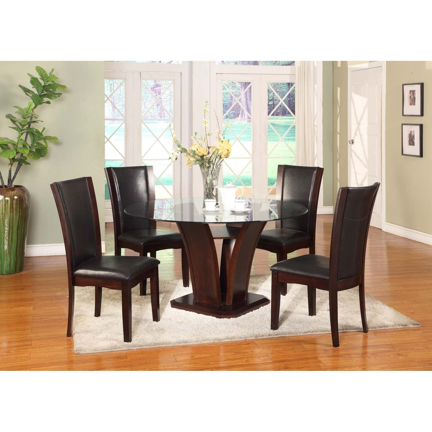 Roundhill Furniture Kecco 5 Piece Round Faux Leather Dining Table Set