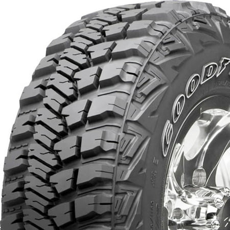 Goodyear wrangler mt/r with kevlar LT265/75R16 123Q bsl all-season tire