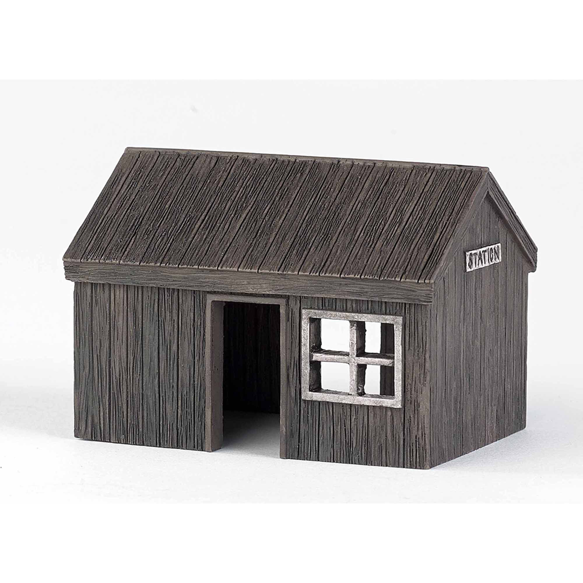 Bachmann Trains Thomas and Friends Trackside Station Resin Buildings Scenery Item, HO Scale