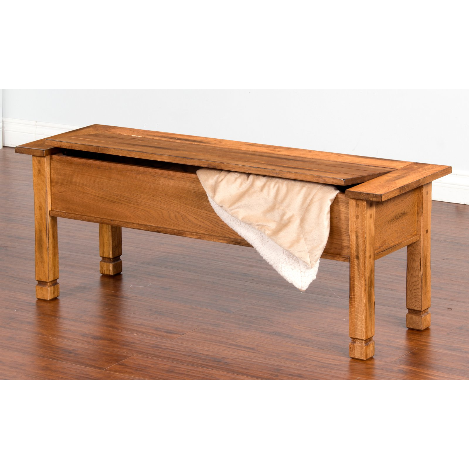 Sunny Designs Sedona Side Bench with Storage