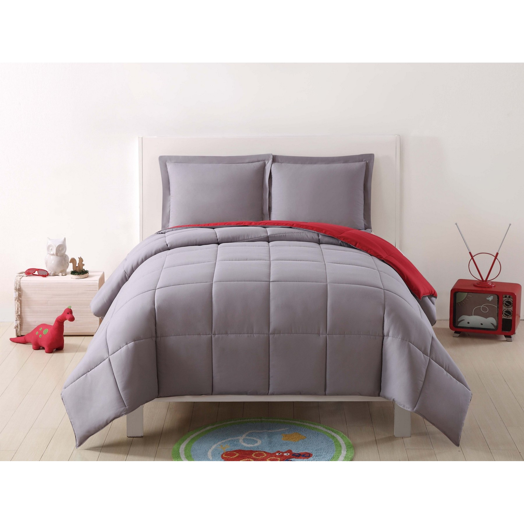 Laura Hart Kids Solid Grey and Red Reversible 3 Piece Twin XL Comforter Set