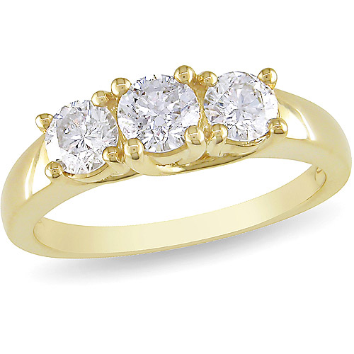1 Carat T W Three Stone Diamond Engagement Ring in 14kt Yellow
