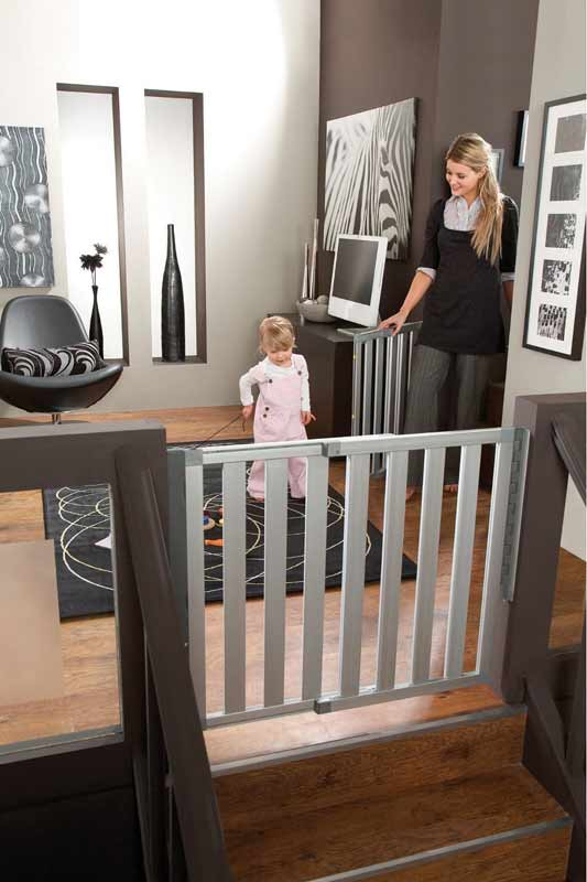 Munchkin Loft Aluminum Safety Gate by Munchkin