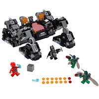 Deals on 622-Piece LEGO Super Heroes Knightcrawler Tunnel Attack 76086