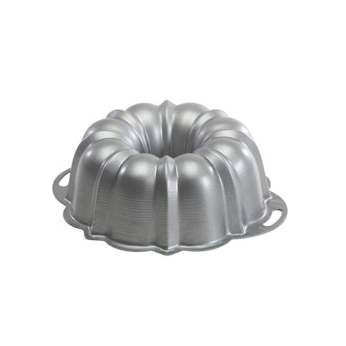 Nordic Ware Aluminum Bundt Cake Pan