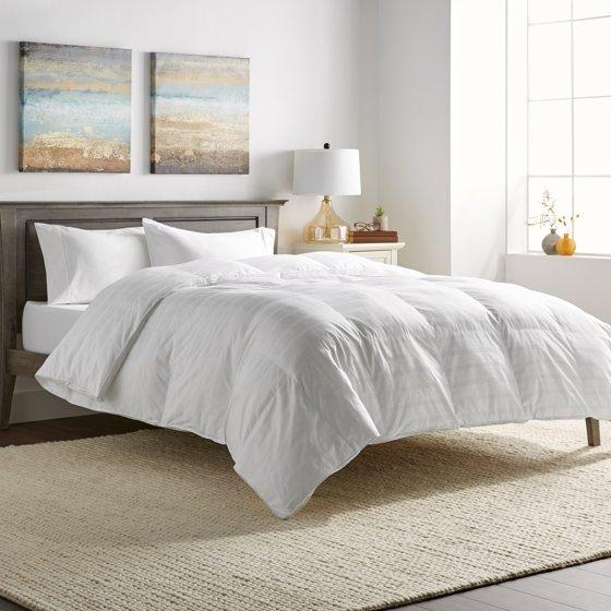 hotel grand oversized luxury 600 thread count down alternative comforter. Black Bedroom Furniture Sets. Home Design Ideas