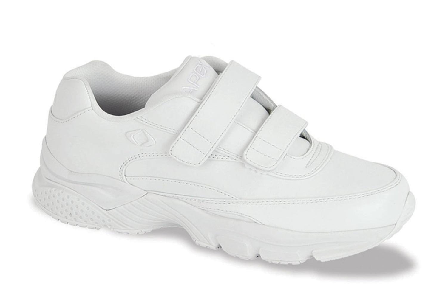 Athletic Shoe: 7.5 Wide (E-2E