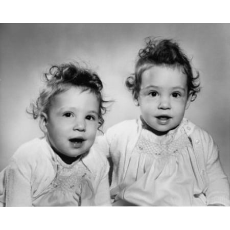 Portrait of twin baby girls Canvas Art - (18 x 24)