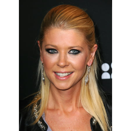 Tara Reid At Arrivals For This Is Myspace Event Canvas Art     16 X 20