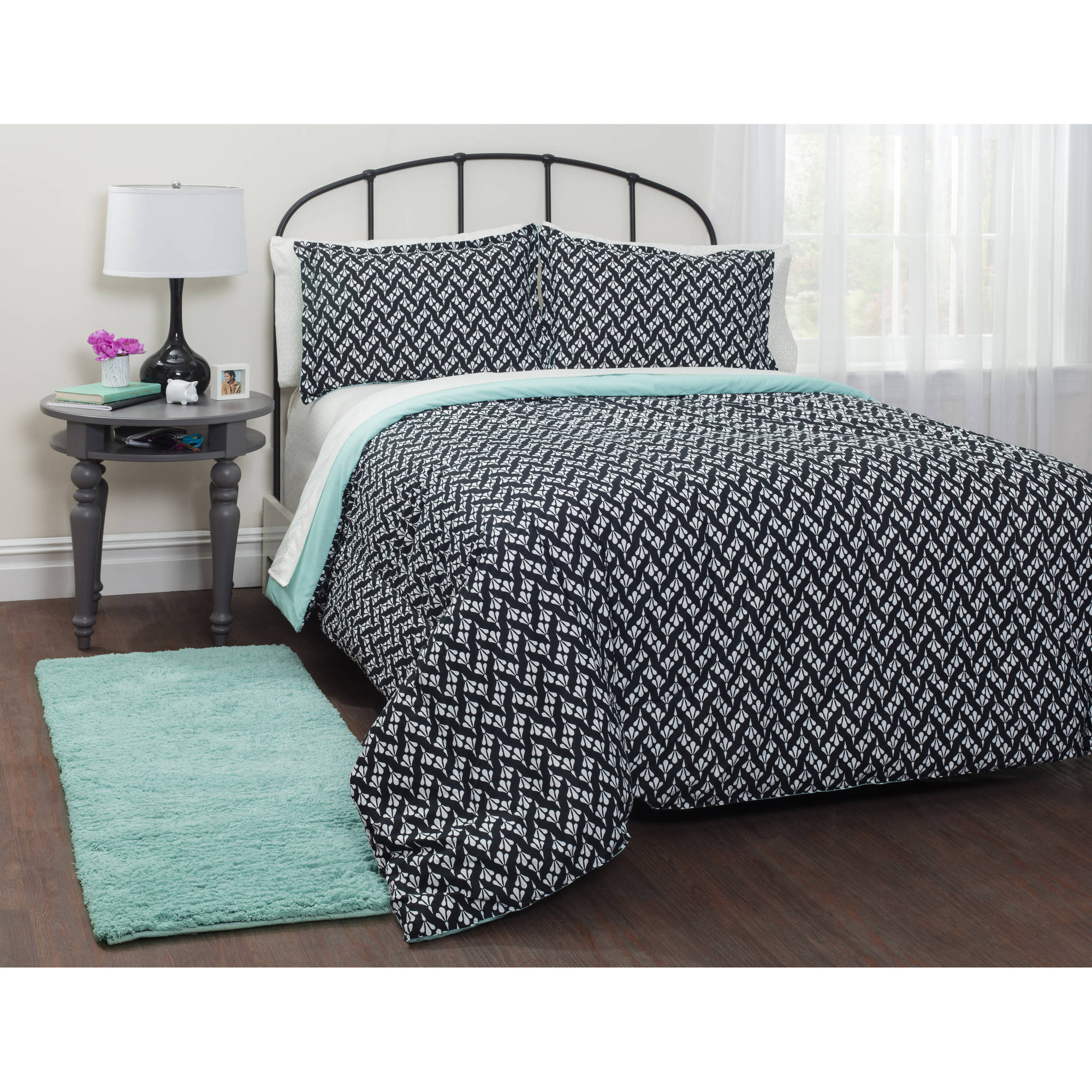 your zone motif mint bed in a bag bedding set