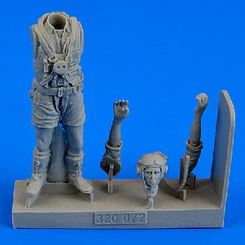 1/32 WWII Royal Australian Air Force Fighter Pilot (Standing, summer dress)](Air Force Fighter Pilot)