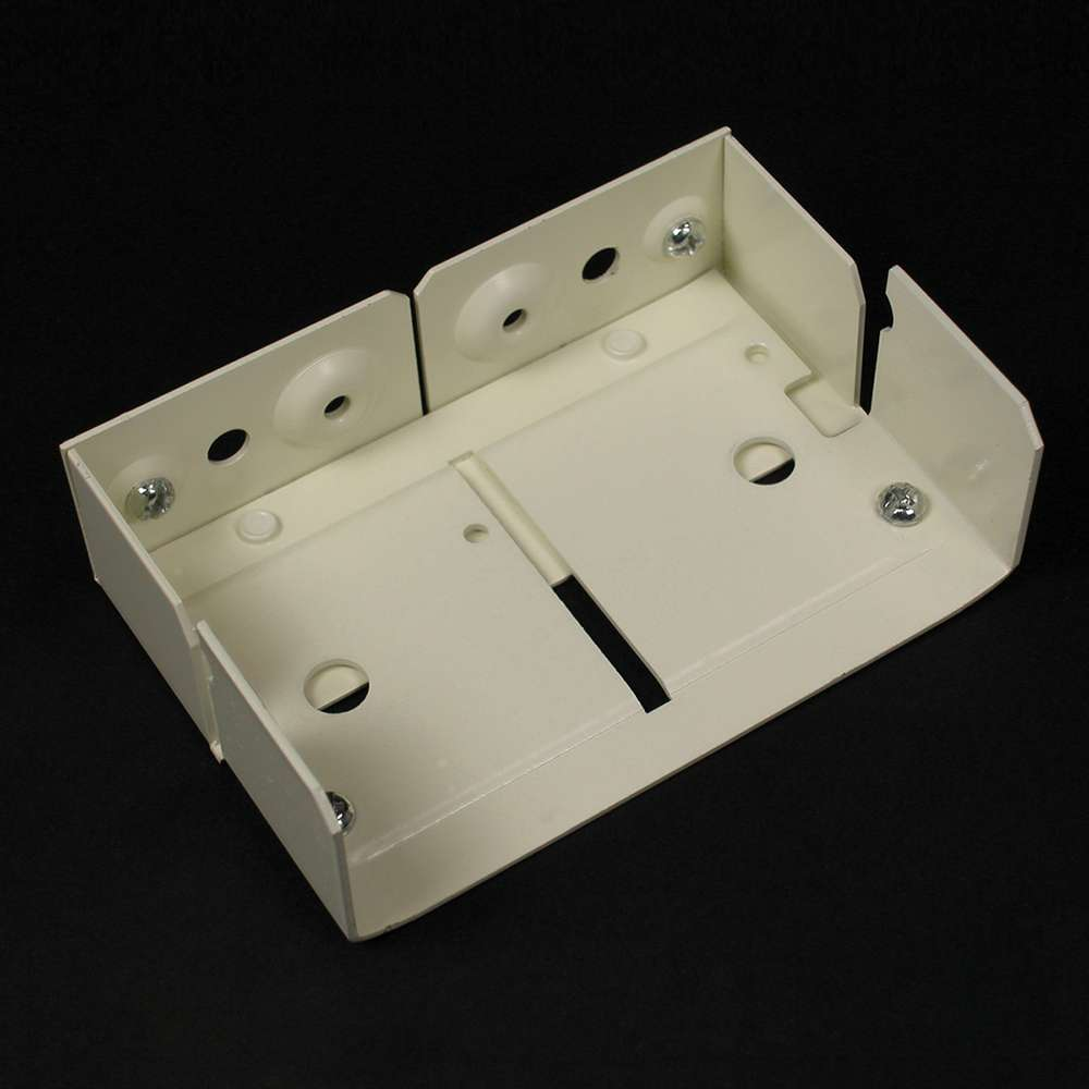 Wiremold V4017 Internal Elbow Fitting Steel Ivory For Use With 4000 Series Multiple-Channel Raceway